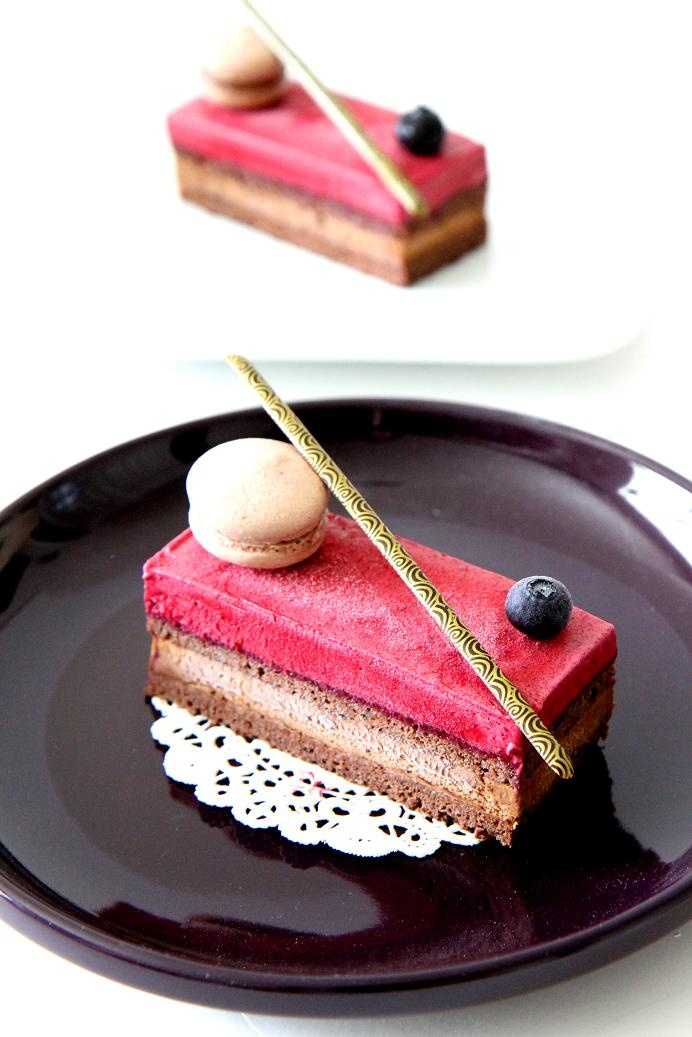 Gourmet Baking: Spring Cleaning Part 1: Cassis Chocolate Cake
