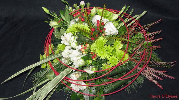 Bouquet de lisianthus, hypericum, chrysanthème, alstromeria et osier rouge
