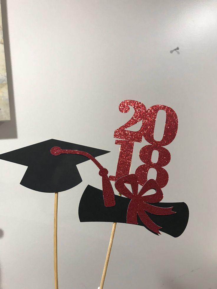 Abschluss-Mittelstück haftet 2019, Abschlussfeierdekorationen, Klasse von 2019, Abschlussfeierdekor, rotes Abschlussmittelstück 2019