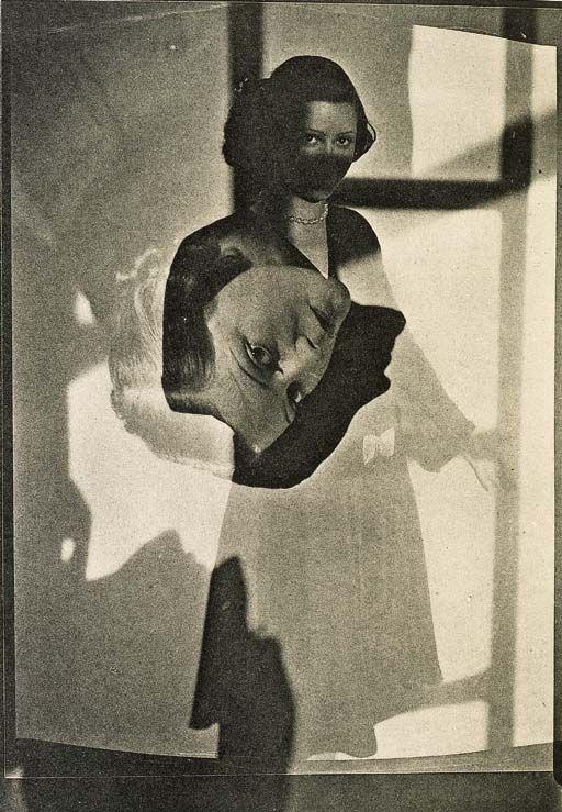 """Imagen tomada de la revista """"Bifur"""", en la que llegó a colaborar Claude Cahun. Desconozco la autoría de esta imagen. En la revista colaboraron entre otros fotógrafos/as: Germaine KRULL, MAN RAY, Luis BUNUEL, MOHOLY-NAGY, Maurice TABARD, André KERTESZ, Tina MODOTTI, Claude CAHUN..."""