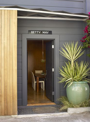 I like this entrance. I'd like to think that Betty May is the name of the house.