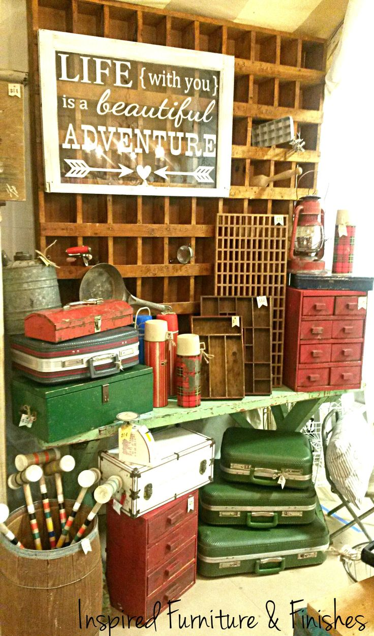 Best 25 antique booth design ideas only on pinterest for Funky junk home decor newfoundland