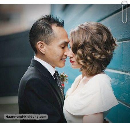 Schöne kurze lockige Frisur für Hochzeiten