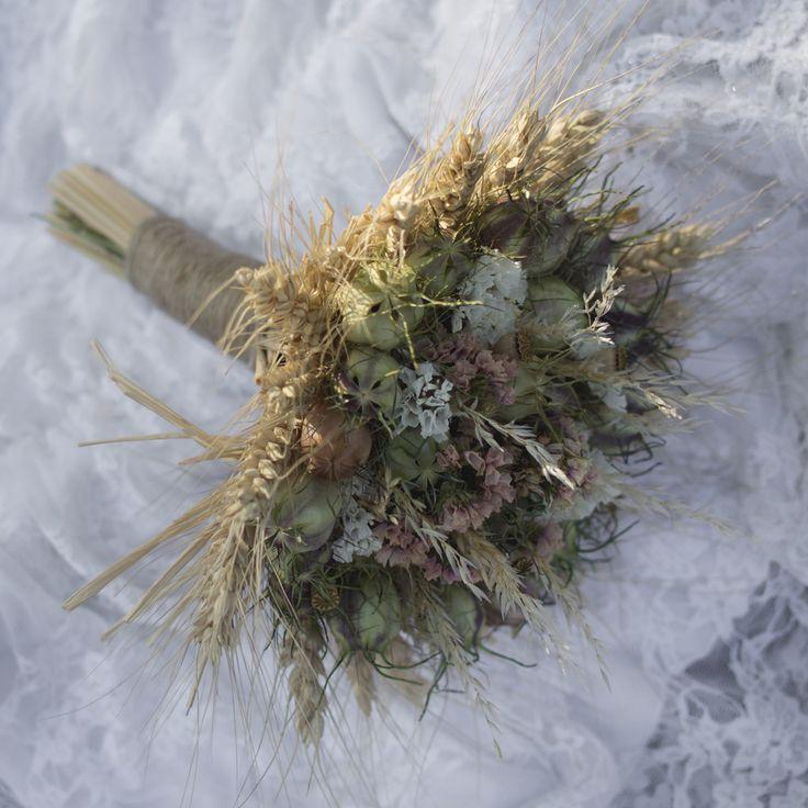 Bridal bouquet  http://www.sashe.sk/Pipistrela