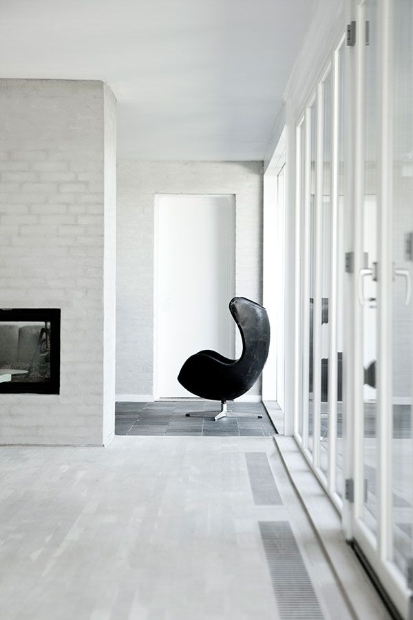 Simple yet striking view from Bang House, designed by Norm Architects. Sorensen Leather is the exclusive supplier of leather for the Egg™ chair by Arne Jacobsen / Fritz Hansen. Photo: Jonas Bjerre-Poulsen / @normarchitects @fritz_hansen @sorensenleather