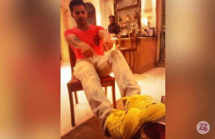 Varun Dhawan receives the coolest gift on his birthday
