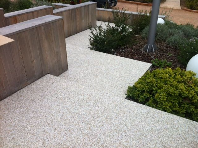 Oltre 1000 idee su pavimenti per esterni su pinterest - Pavimento in resina per esterno ...