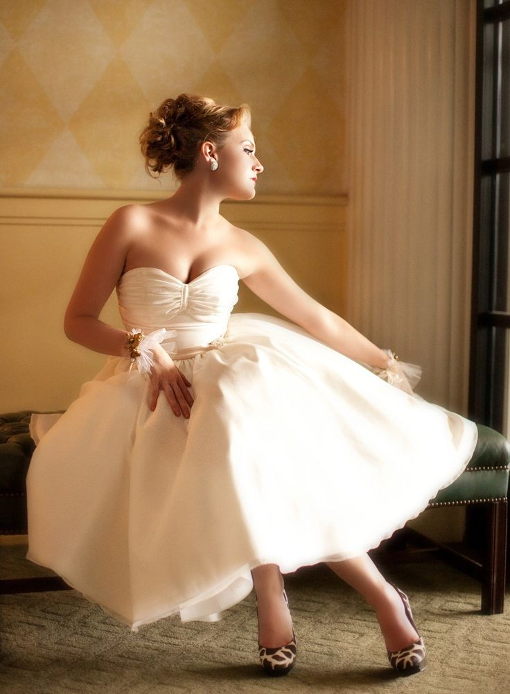 Beautiful vintage inspired wedding dress