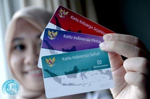Pemerintah Indonesia yang dipimpin oleh Presiden Jokowi, saat ini tengah memperbaiki berbagai permasalahan yang terpendam sejal lama di Indonesia. Beberapa permasalahan yang saat ini tengah dibenahi antara lain adalah, pendidikan, kesehatan dan kesejahteraan.  Oleh karena itu, pemerintah Indonesia melalui Instansi terkait mengeluarkan kebijakan dengan memberikan tiga kartu sakti yaitu, Kartu Indonesia Pintar (KIP), Kartu Indonesia Sehat (KIS) dan Kartu Keluarga Sejahtera (KKS) yang…