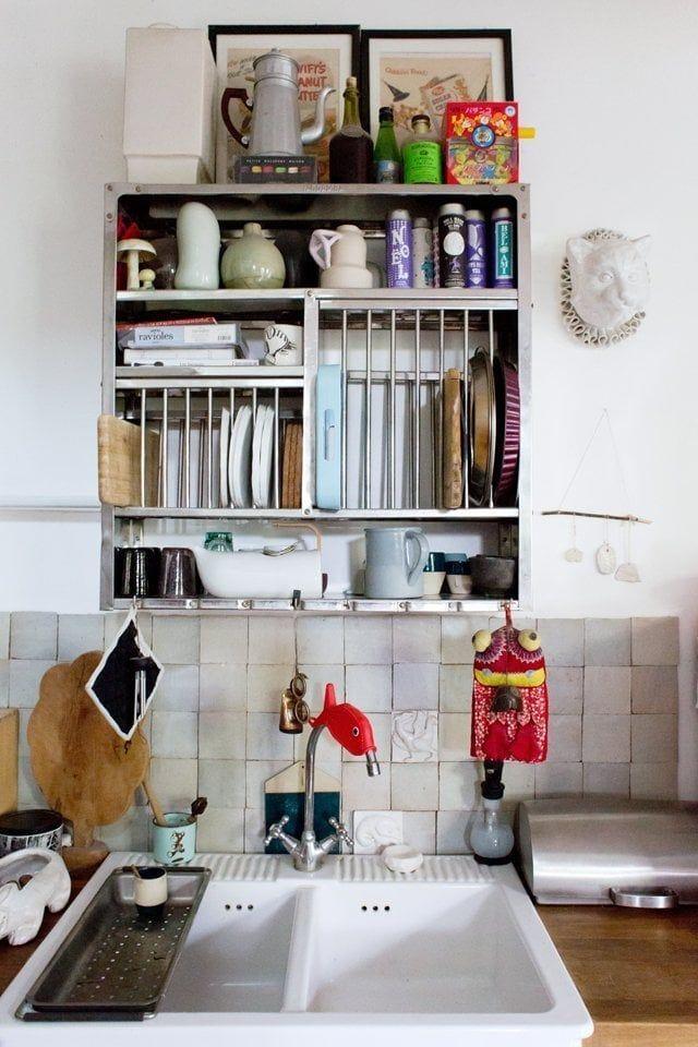 Vaisselier vintage en métal pour la cuisine - Aurélie, Bagnolet - Inside Closet