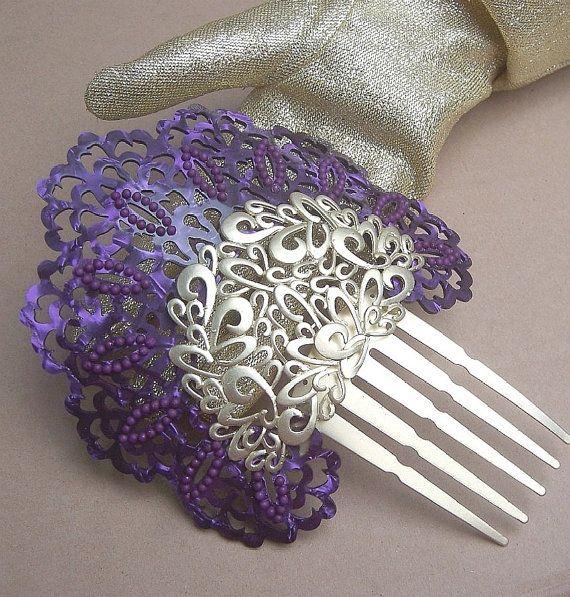 Vintage hair comb, Spanish dance flamenco mantilla style (BN) via Etsy