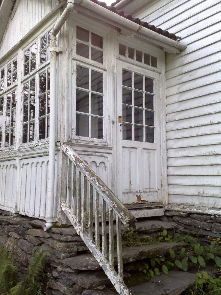 Stone Porch Steps: Old Porch With Stacked Stone Foundation
