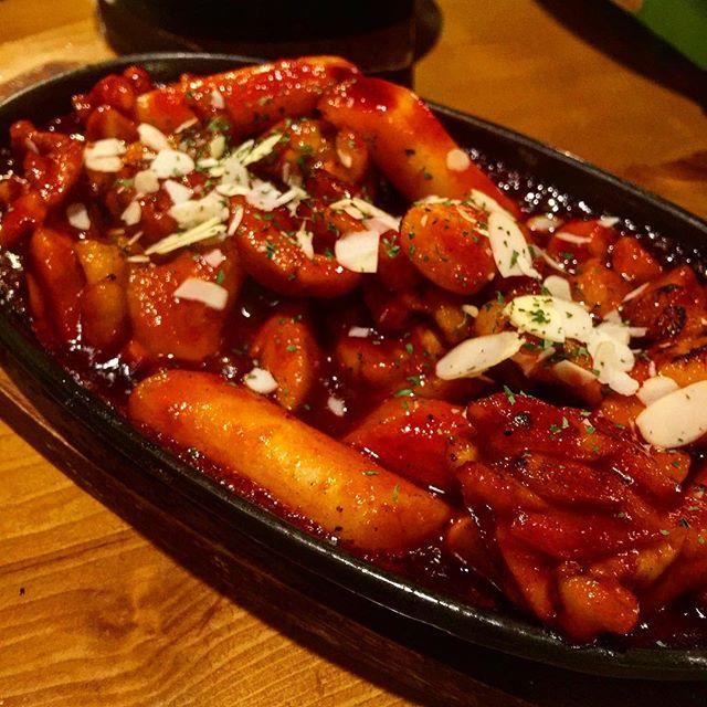 久々のサムギョプサル。  #焼肉 #steak #肉 #サムギョプサル #韓国料理 #新大久保 #キムチ #チヂミ #チキン #chicken #辛い #トッポギ #チーズ #cheese #キムチチーズチヂミ #トマト #tomato #東京 #tokyo #辛過ぎ
