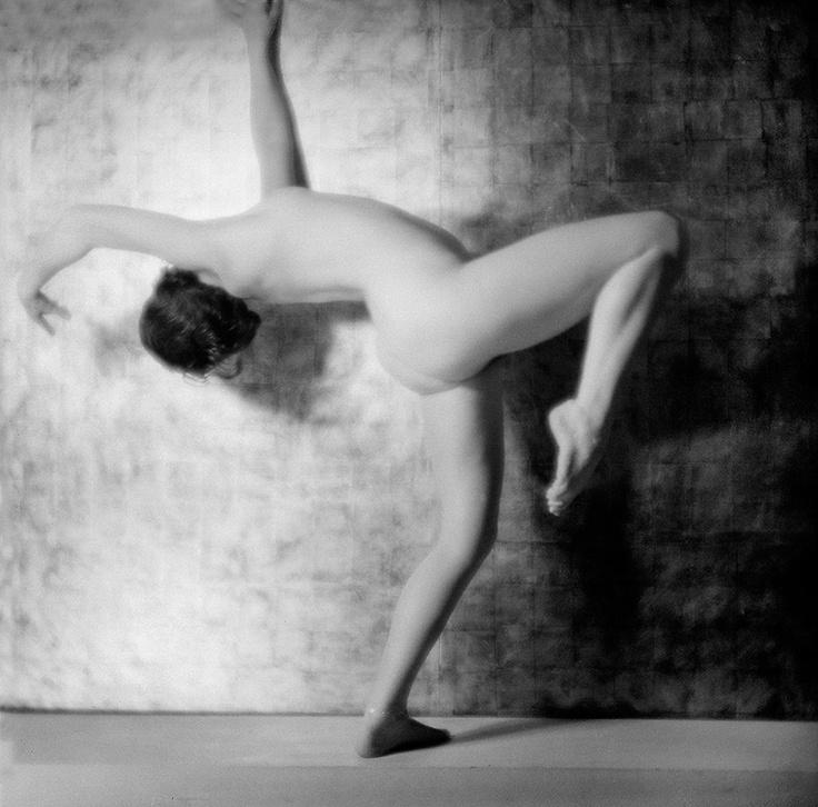 Etude de nu - Laure Albin-Guillot