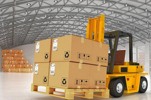 Tips to know if you want to make smooth shifting with best packers and movers