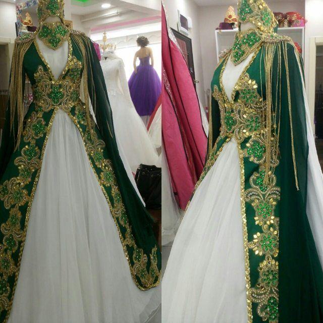 Yeni zümrüt yeşili kaftanımız ������#kaftan#kınalık#gelin#gelinlik#düğün#dernek#dışçekim #damat#damatyakaçiçeği #özeldikim # http://turkrazzi.com/ipost/1517485484300197266/?code=BUPMQILhl2S