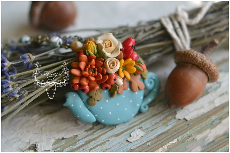 Polymer clay teapot filled with autumn flowers by Zubiju <3
