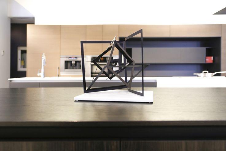 Roland Isai sculpture