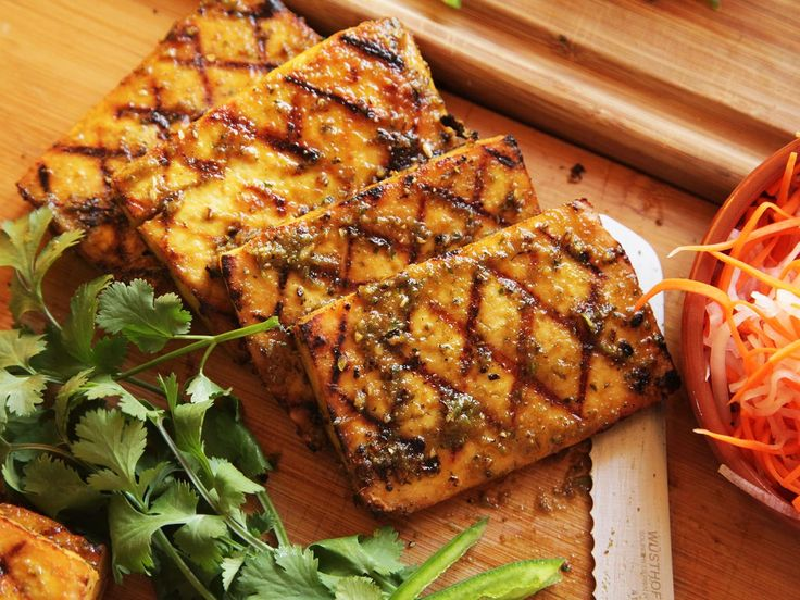 """The Food Lab: How to Grill or Broil Tofu That's Really Worth Eating"" - SeriousEats (Kenji)"