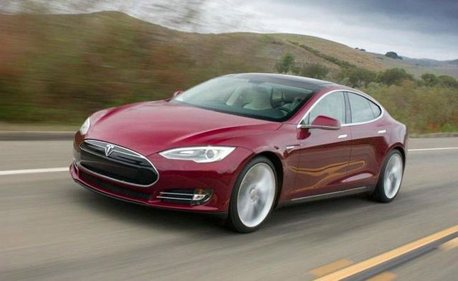 Tesla Model S 2013 car review. Click picture for video.