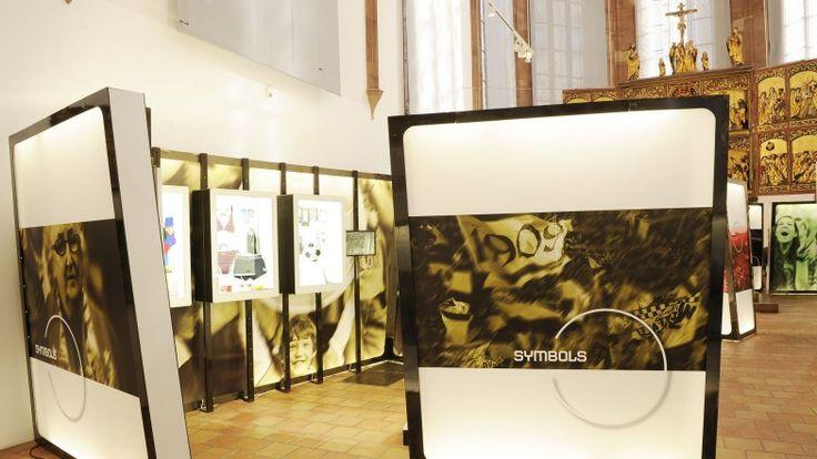 Die Schautafeln in der Museum für Geschichte.