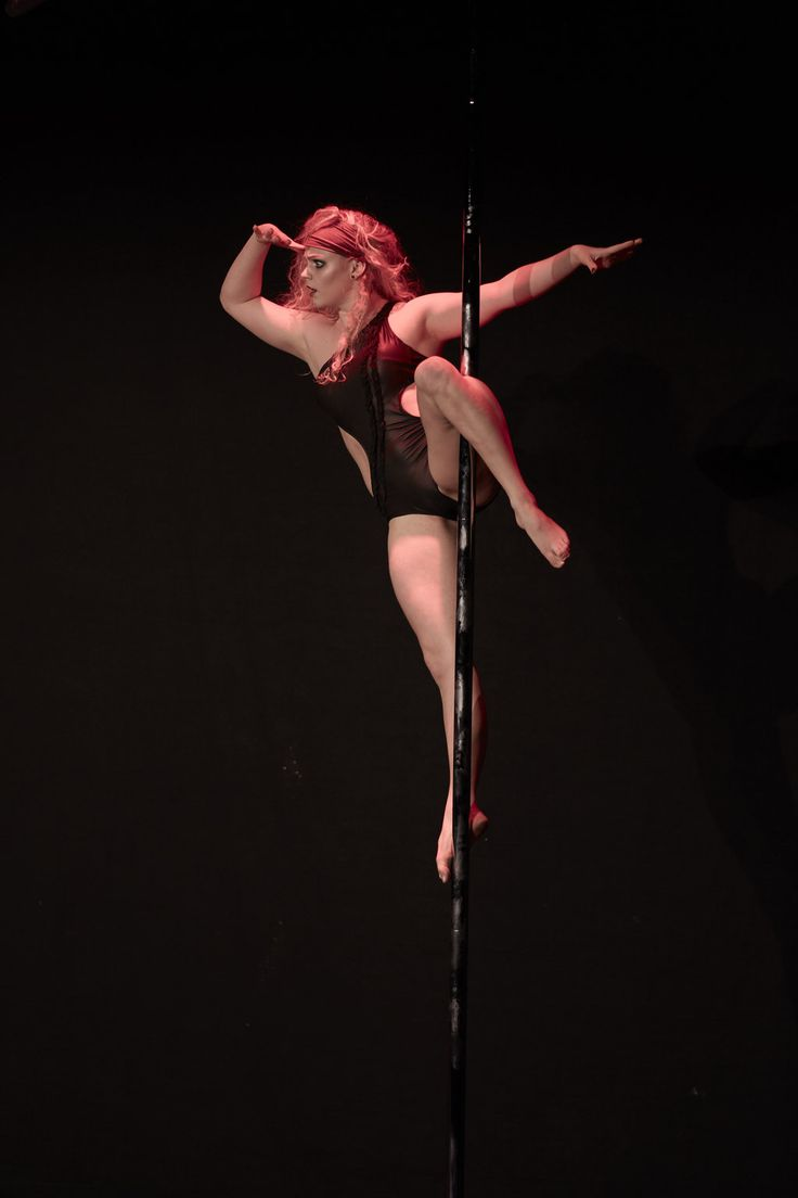 Pole-costumes created by Que je luise