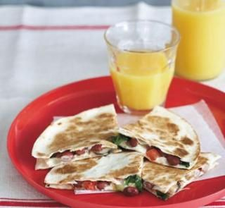 Cheese and spinach quesadilla