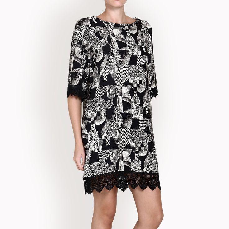 black and white dress with abstract motives ασπρόμαυρο φόρεμα με αφηρημένα μοτίβα