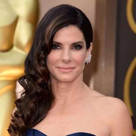 Sandra Bullock wiki, affair, married, Lesbian with age, height, actress,