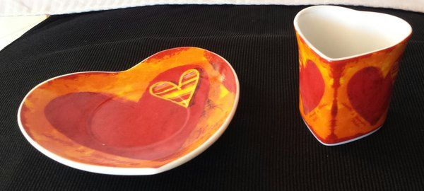 Set of 6 Heart Espresso Cups and Saucers