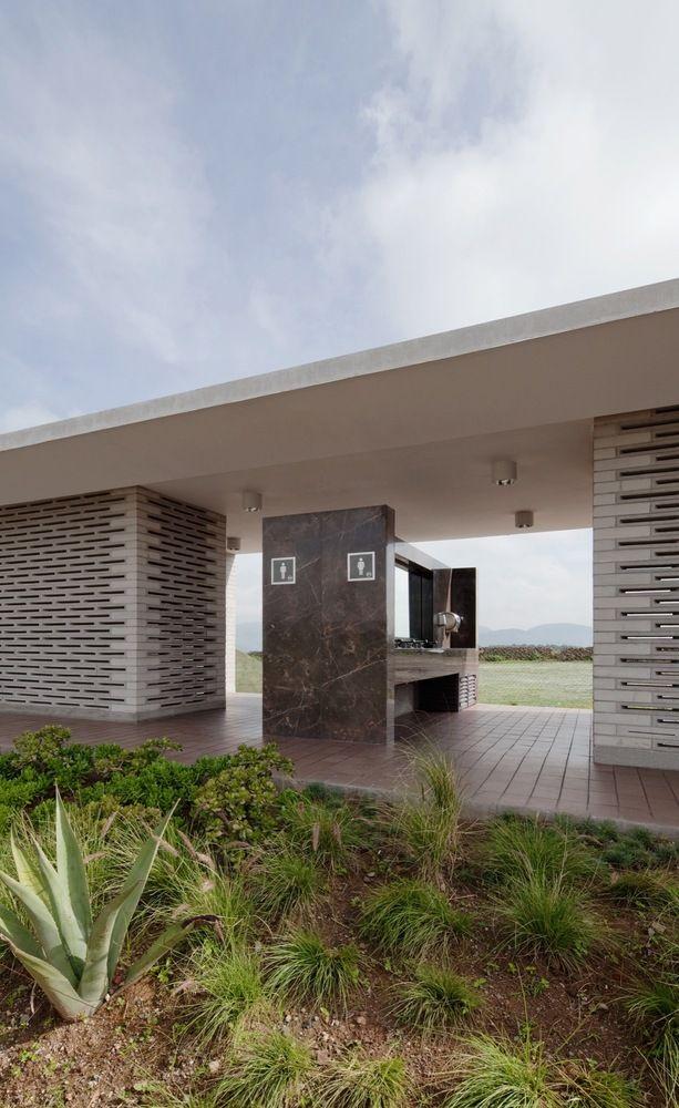 Galería de Módulos Carreteros / Rozana Montiel Estudio de Arquitectura + TOA Taller de Operaciones Ambientales - 2