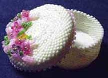 MINIATURE HAT BOX WITH FLOWERS