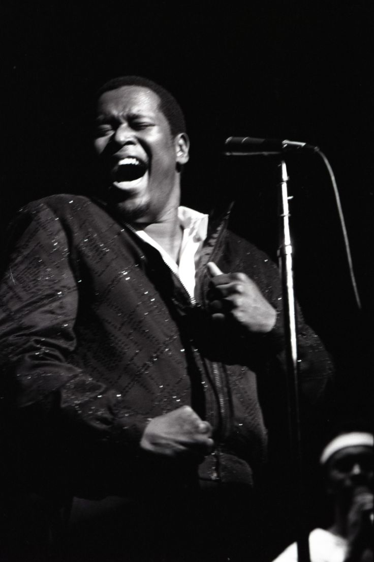 Luther Vandross (April 20, 1951 - July 1, 2005),... - THE SONY MUSIC ARCHIVES