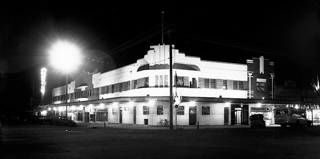 Ryans Hotel Dean Street Albury 1950s by FotoSupplies, via Flickr