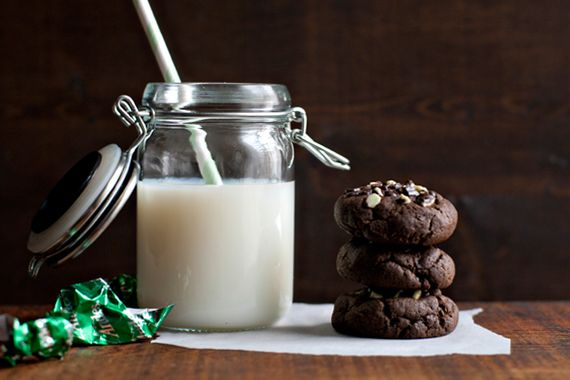 Crème de Menthe Stuffed Chocolate Cookies Recipe on Yummly. @yummly #recipe