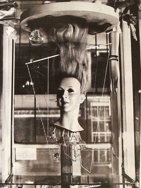 Roland Penrose. The Dew Machine. 1937