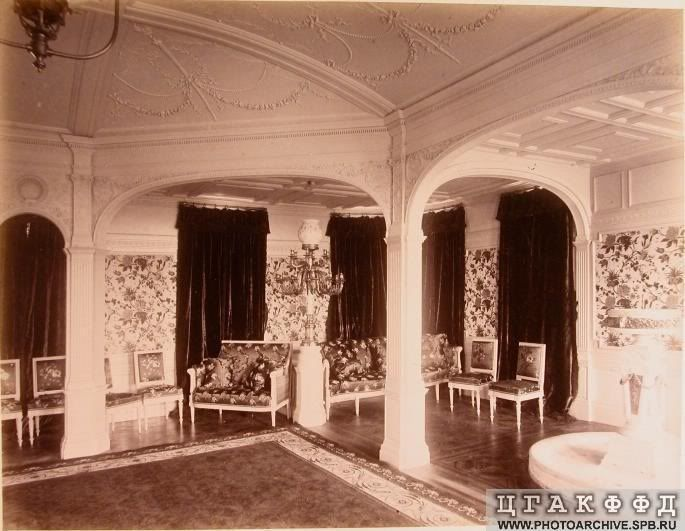 Drawing room on the Russian Imperial Yacht 'Livadia'.