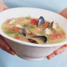 Romige vissoep met mosselen en garnalen