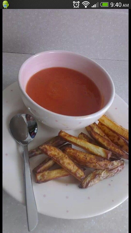 Syn free tomato soup and Cajun chips  2 tins of chopped tomatoes 400g 1 tin of carrots 1 tin of baked beans 1 veg or chicken oxo 1/2 pint of water 1 pickled onion   PUT IN A PAN BLEND AND HEAT  Wedges Cut up potatoes into chip or wedge shapes. Fry light a tray and put the chips on and spray again with fry light.  Sprinkle them with (cajun spice schwartz or similar) Cook in oven for 15 mins on 200 degrees and turn down after 15 mins to 180 for 10 mins. Free on slimming world extra easy and…