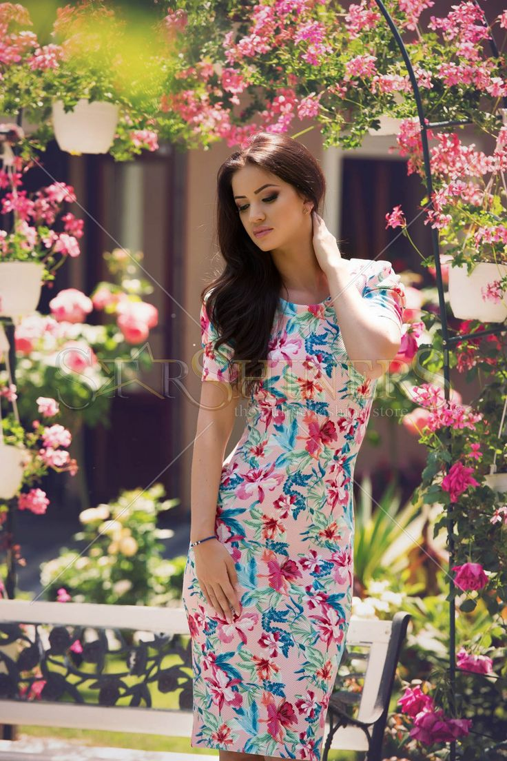 StarShinerS Magnetic Rosa Dress