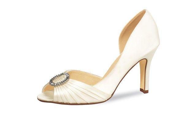 #bruidsschoenen #trouwschoenen #bridalshoes #weddingshoes #rainbowclub #elsashoes http://www.galajurk.nl/images/sch15.jpg