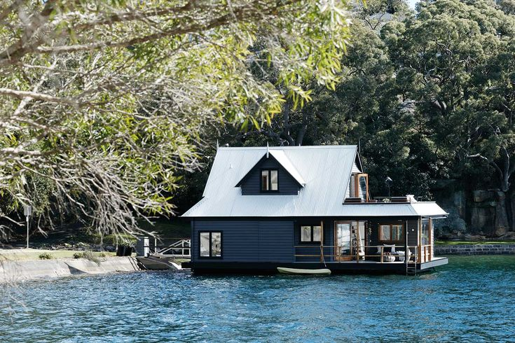Dream boat | House Boat on Sydney Harbour | Home Beautiful Magazine Australia