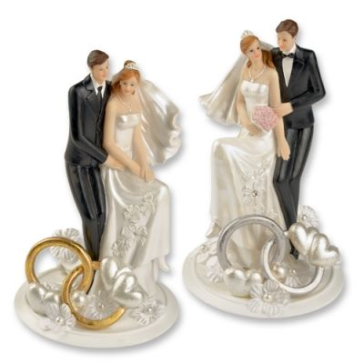 #2568 Polyresin wedding couple top with rings and flower decoration