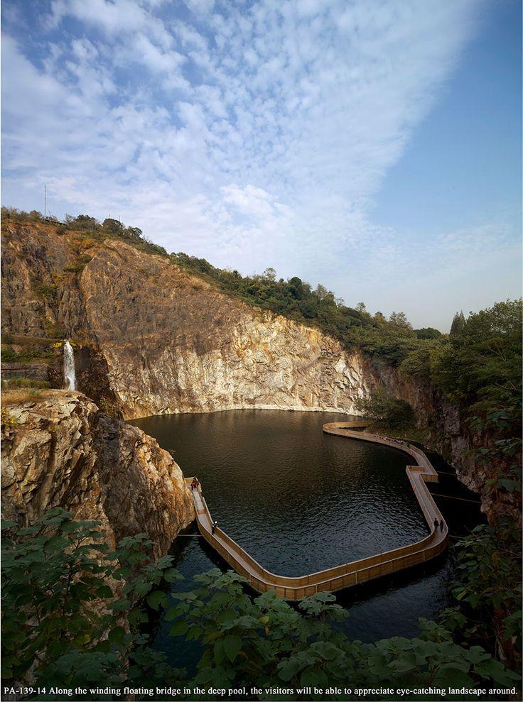Quarry Garden in Shanghai Botanical Garden. Location: Shanghai, China; firm: THUPDI, TSINGHUA UNIVERSITY.