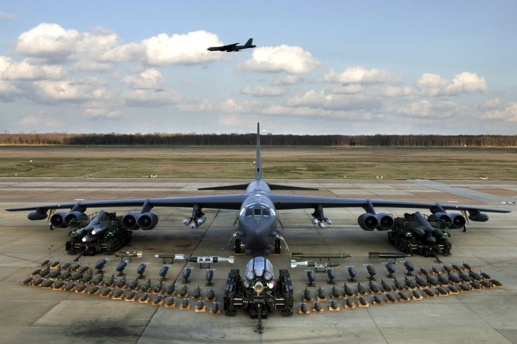 b-52 bomber pictures | Broken Arrow incidents: when U.S. B-52 bombers lost their nuclear ...