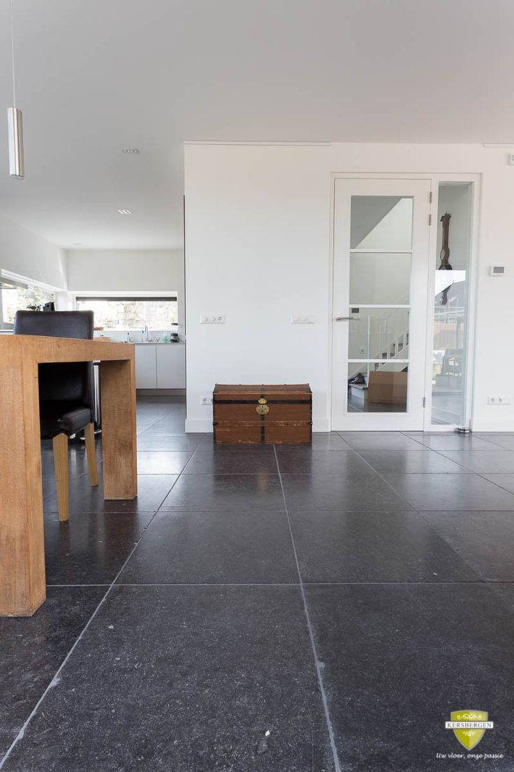 135 best belgisch hardsteen vloeren belgian bluestone for Bluestone flooring