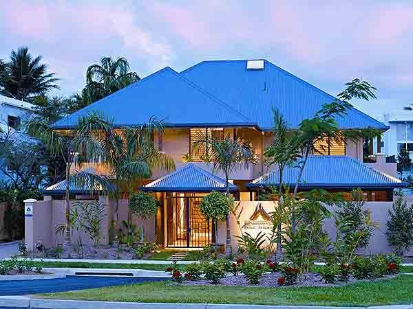 Chez Willow - Port Douglas from $295 p/n Enquire http://www.fnqapartments.com/accommodation-port-douglas/room-threebedroom/pg-3/ #portdouglasaccommodation