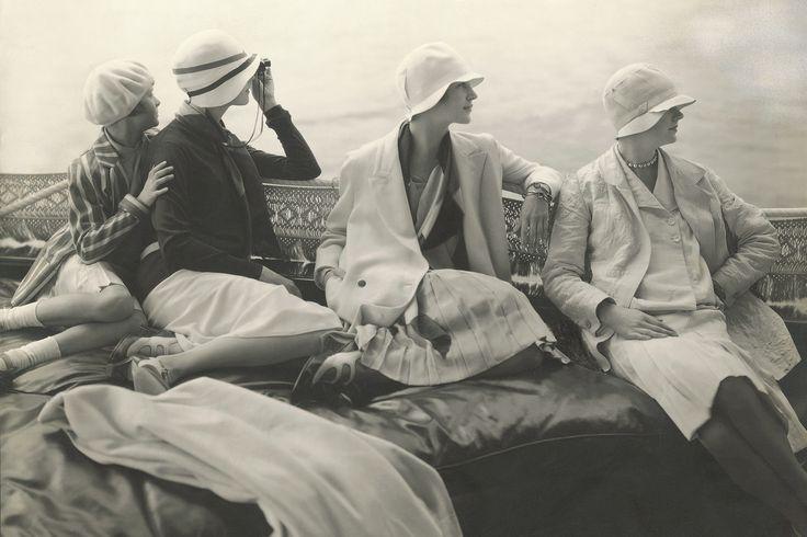 ВЕДОМОСТИ - Выставка «Эдвард Штайхен в высокой моде» показывает фотографии 1920–1930-х годов