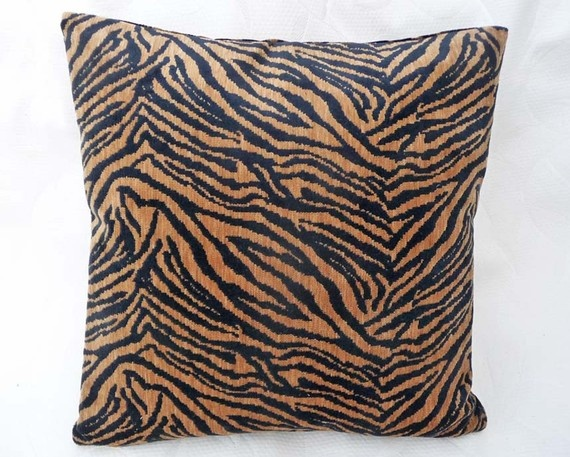 Animal Print Floor Pillows : 46 best Tiger images on Pinterest Big cats, Tigers and Adorable animals