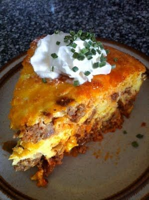 Spicy Sausage and Caramelized Onion Breakfast Bake #lowcarb shared on https://facebook.com/lowcarbzen